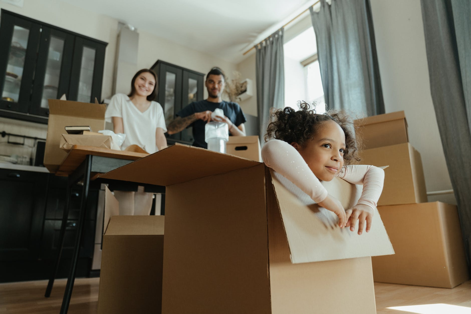 How to Save Space When Packing for Moving: 6 Tips and Tricks for Packing
