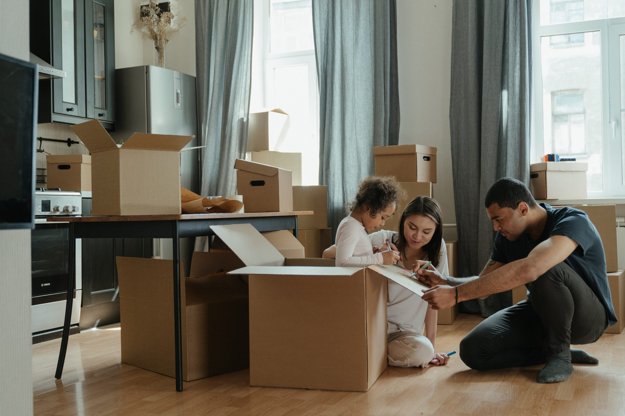 Moving into a new house cleaning tips: 6 Tips for Tidying Your Space