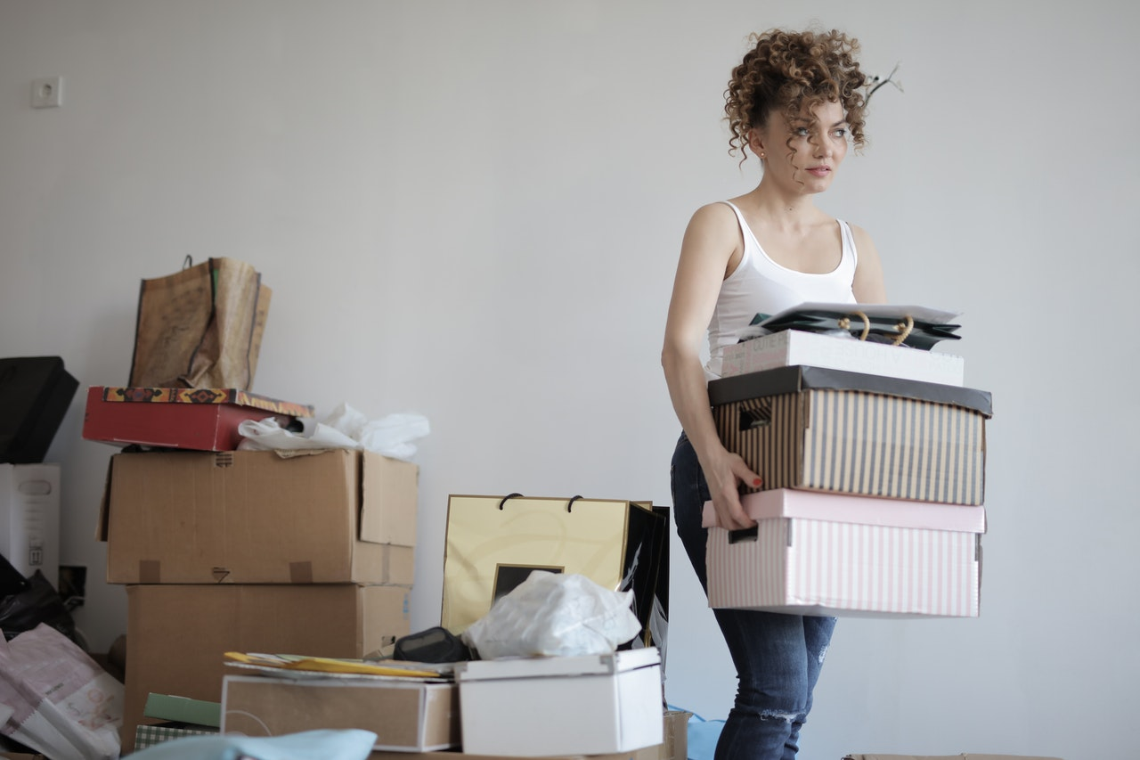 How to Prepare to Move to Another Country: Packing Tips